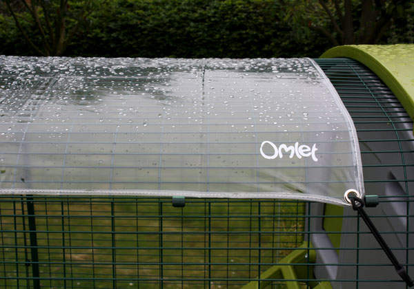 Clear Cube 2m Cover with rain