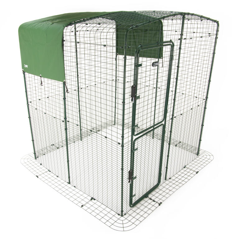 heavy duty cover with gutter edge for walk in run roof 3m outdoor walk in run weather protection chicken coops walk in chicken runs chicken fencing